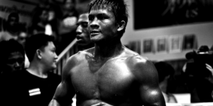 Buakaw-Por-Pramuk-getting-ready-Chad-Hill-Photo