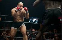 2 big men in the DARE ring