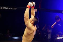Hands in the air for Minowaman, as he makes it a century of bouts in pro MMA.